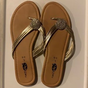 Rue21 Gold Sandals Size 8/9